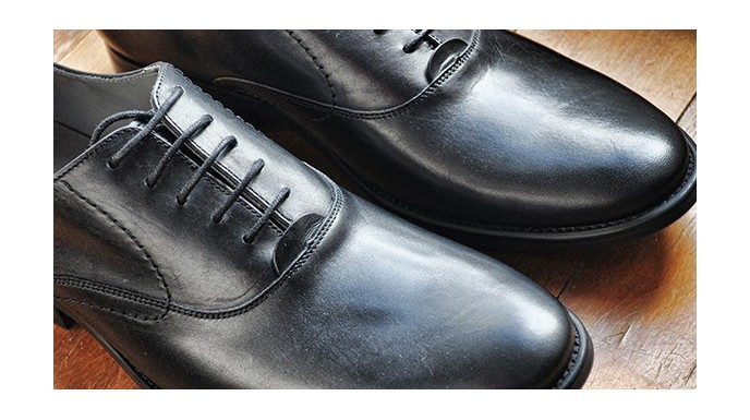 LES CHAUSSURES HOMMES INDISPENSABLES